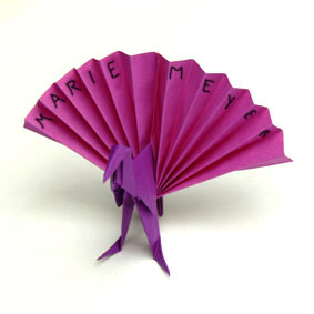 origami tiere falten pfau. Black Bedroom Furniture Sets. Home Design Ideas